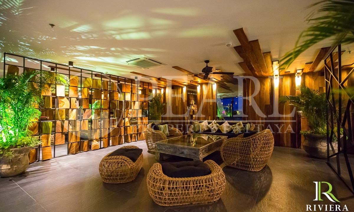 the palm-Pattaya-Wongamat-25631007-06-23-watermark
