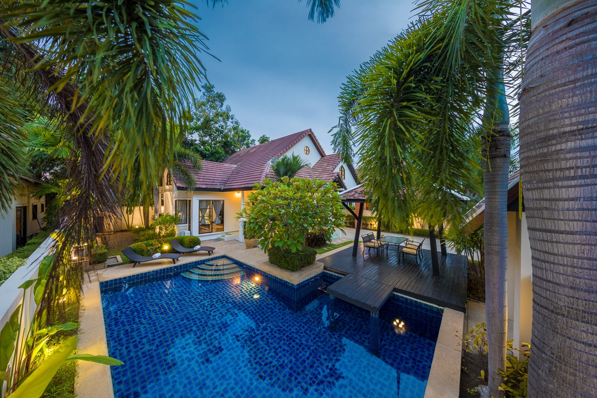 Green Residence 3 Bedroom Pool Villa in South Pattaya