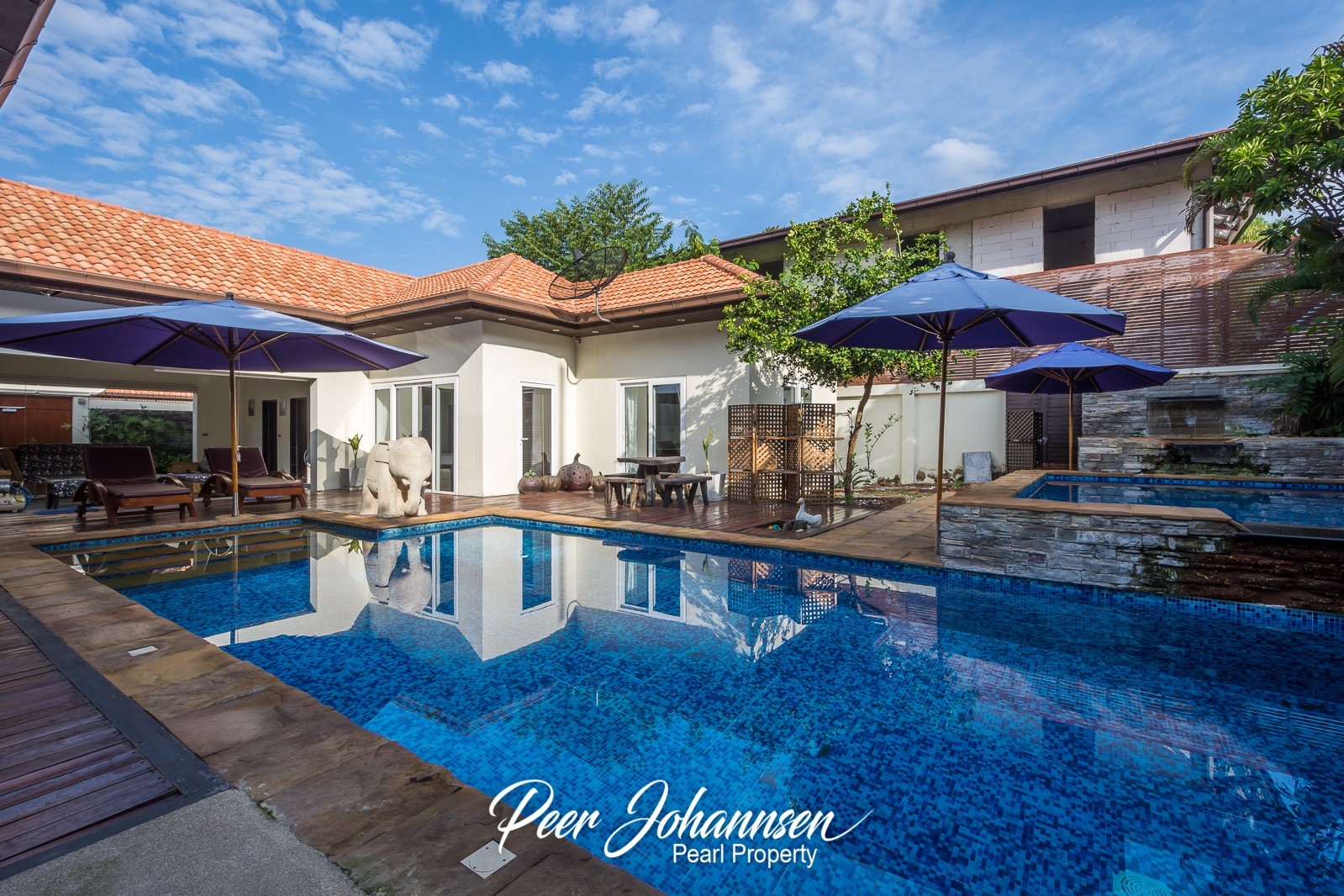 Majestic 3 Bedroom 3 Bathroom Villa with Private Pool and beach access