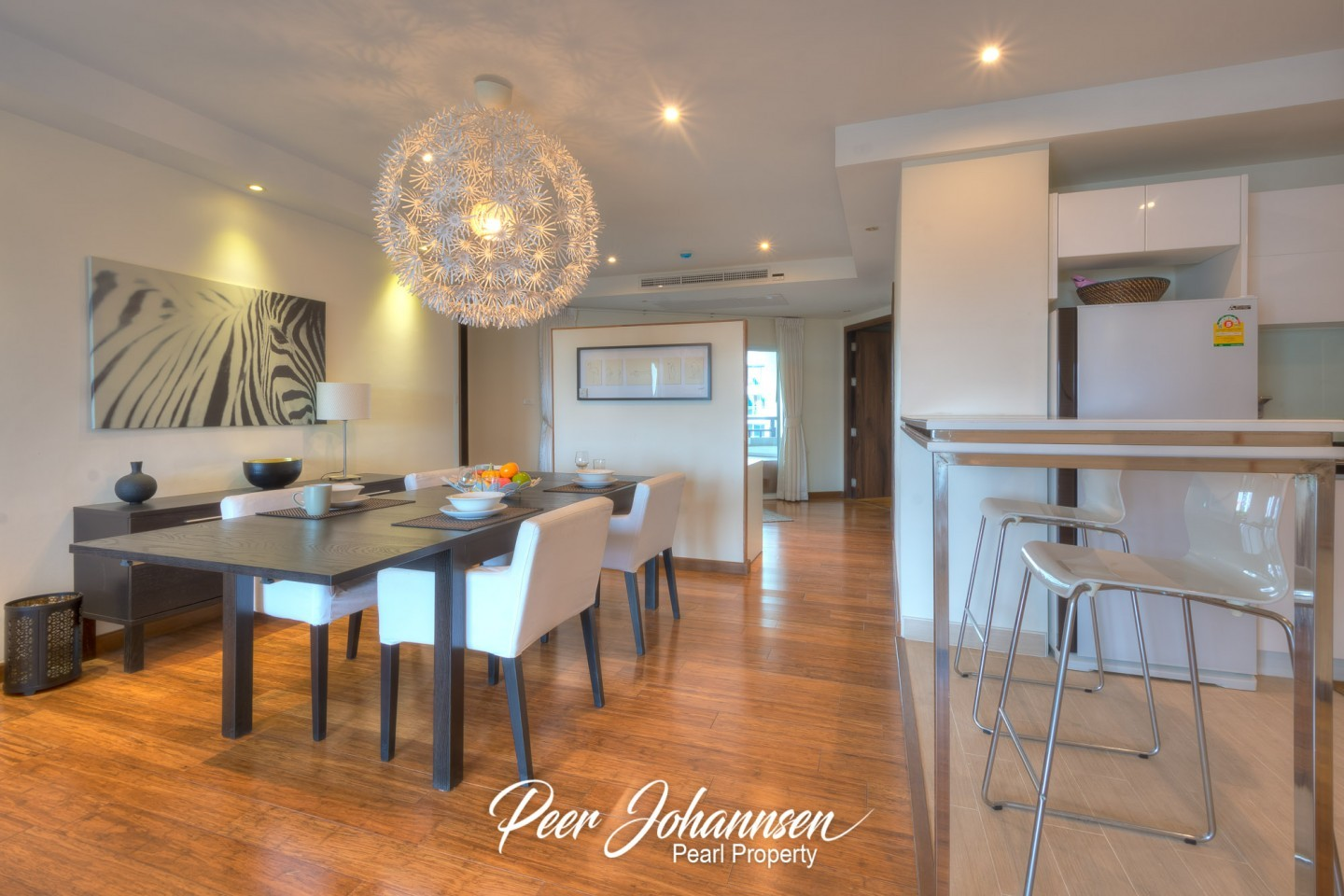 Club House Residence 2 Bed 2 Bath City View