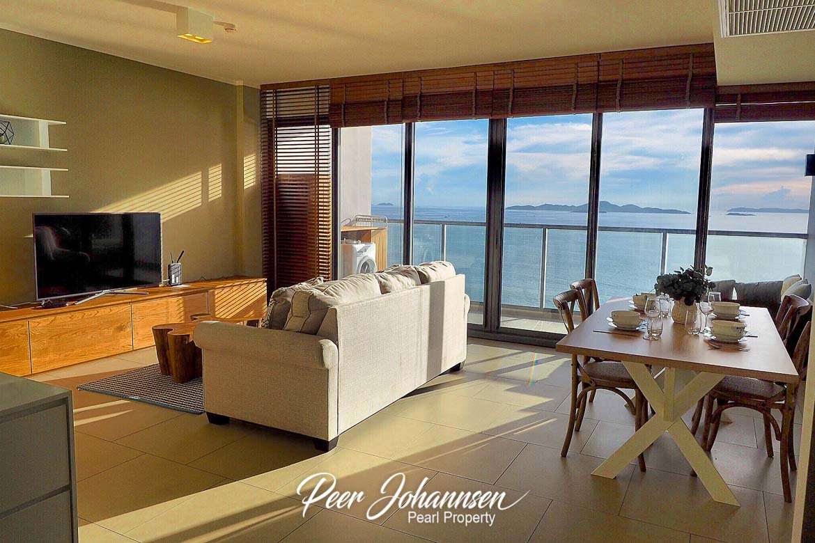 Zire Wongamat 2 Bed 2 Bath Sea View