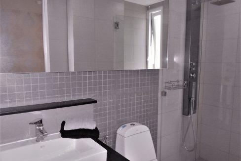 Apus-A401-Bathroom