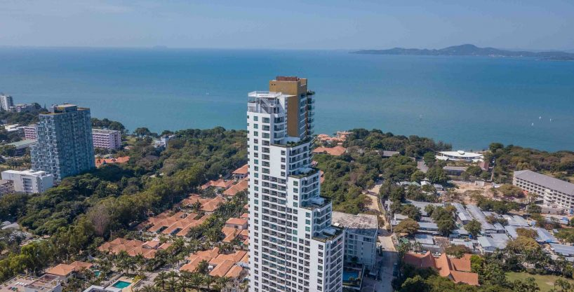 Peak Towers 1 Bed 1 Bath City/Sea View