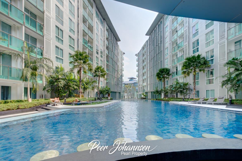 City Center Residence – Studio City View