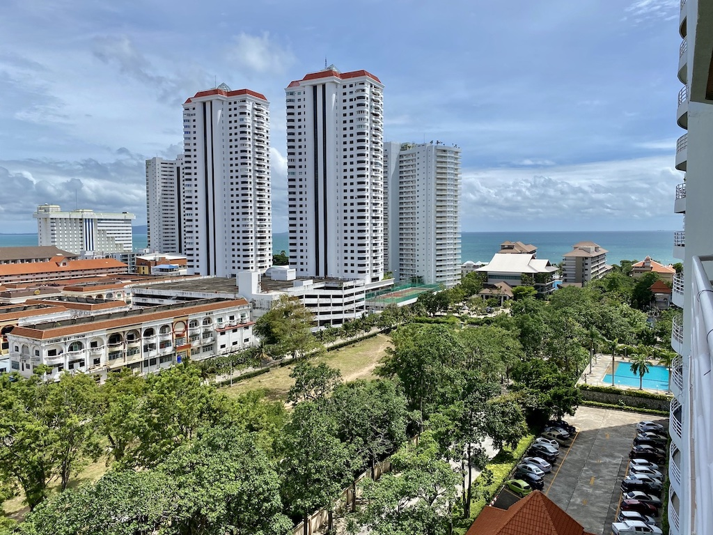 View Talay 5D – 1 bed 1 bath Partial Seaview